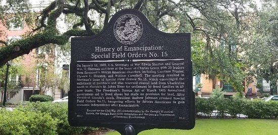 Savannah Historic District: 20180731_174500_large.jpg