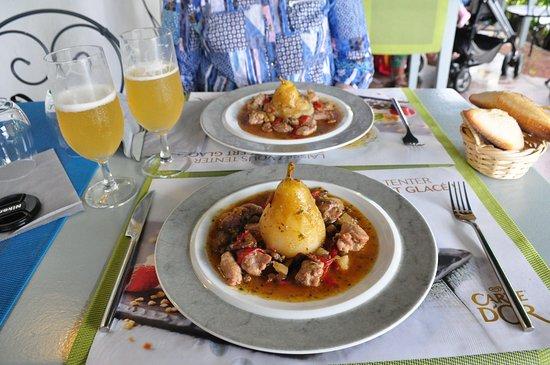 Saint-Jean-le-Vieux, France: Main dish.