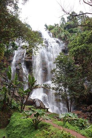 Kisasa Waterfall