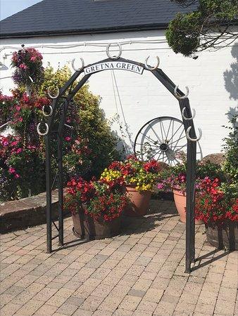 Gretna Green, UK: Lucky arch.