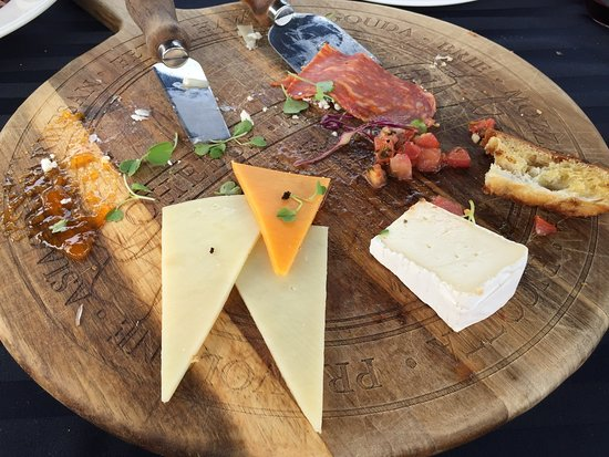 Di Profio Estate Wines : You should have seen the before! This platter was heaping full!