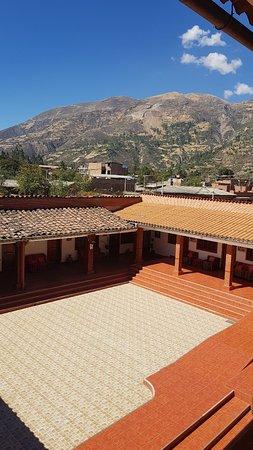 Carhuaz, Perù: 20180819_100132_large.jpg