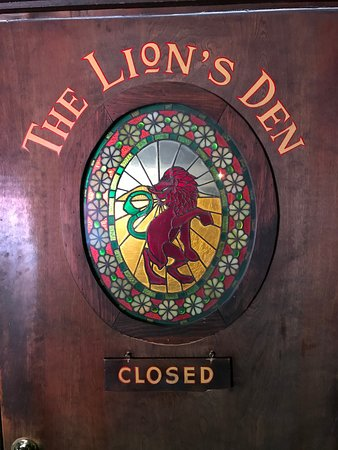 The Red Lion Inn Image