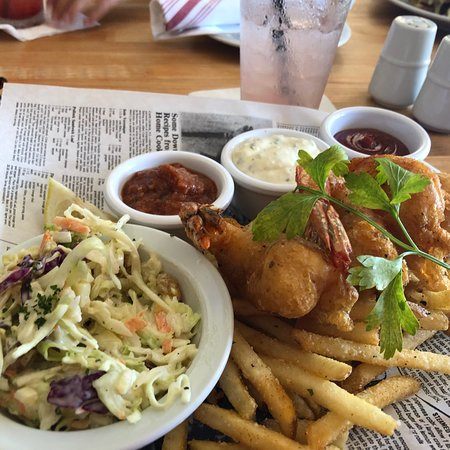 Fly N Fish Oyster Bar and Grill: photo0.jpg