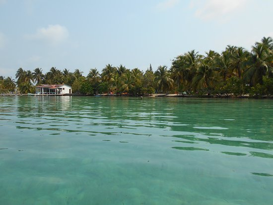 Seemore Adventures – Dive & Adventure Shop : Caye (don't remember the name)