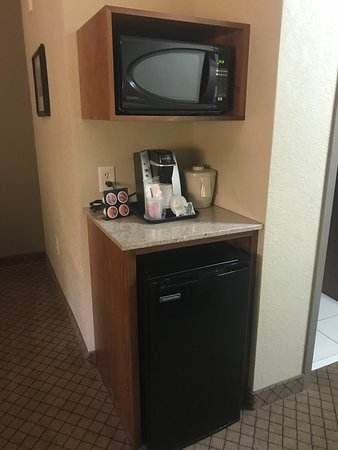 Holiday Inn Express Hotel & Suites Mankato East Photo