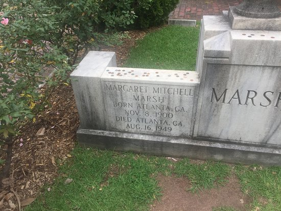 Oakland Cemetery: Margaret Mitchell's resting place along with her family
