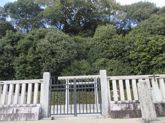 Mausoleum of Emperor Monmu
