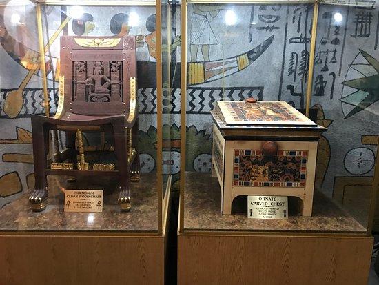Wadsworth, IL: Artifacts in Kin Tut's Tomb.