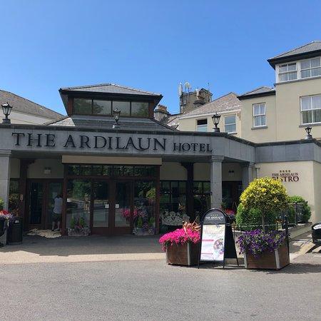 The Ardilaun Hotel: photo0.jpg