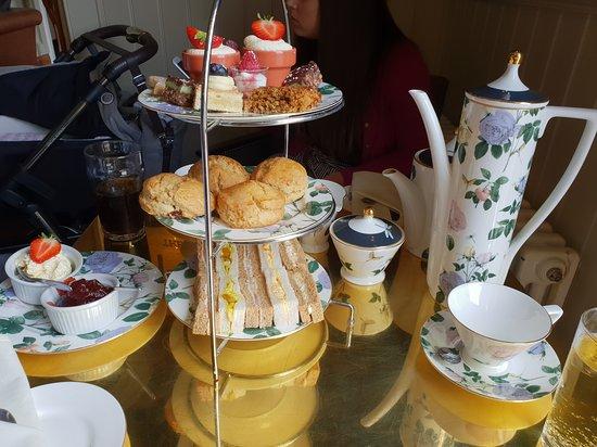 Sedgefield, UK: Afternoon tea