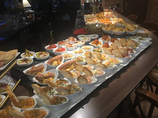 Cafe Viena Bar