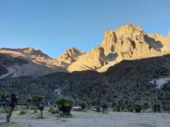 Mount Kenya: Mt Kenya's many peaks