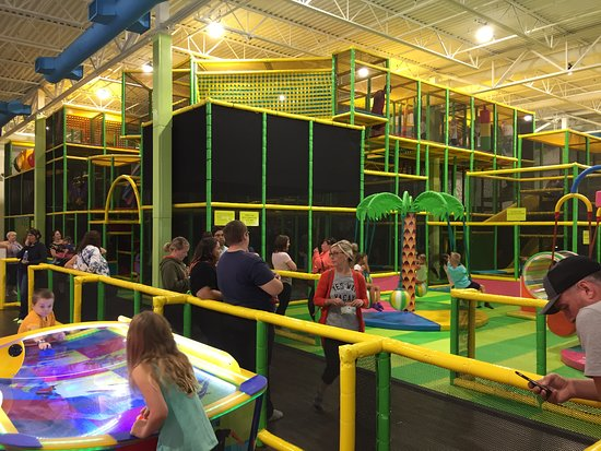 9f7340d2e544 Laser Maze - Picture of hop! skip! jump! Indoor Play Space Moncton ...