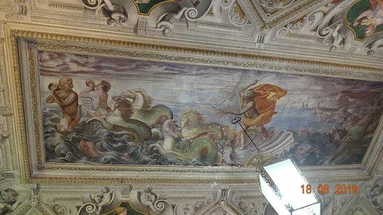 Viso del Marques, إسبانيا: Soffitto con dipinto allegorico