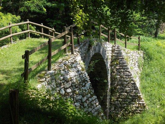 Ponte Romano Lungo la Via Claudia Augusta Altinate