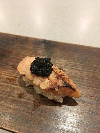 Ju-Ni: Blue fin tuna with white sturgeon caviar