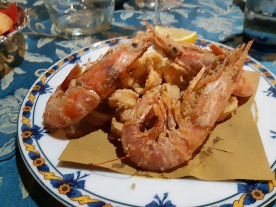 Pieve Ligure, Италия: frittura totani e gamberi