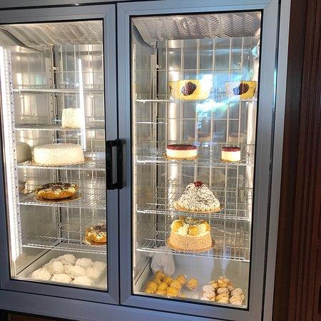 Zilioli pasticceria caffetteria brescia ristorante recensioni numero di telefono foto - Caffe cucina brescia ...