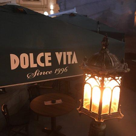مطعم ايطالي من الطراز العريق يستحق الزياره