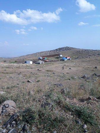 Aragatsotn, أرمينيا: Арагац магическое место, там много необычное и меня больше всего паражал часть дороги, где автом