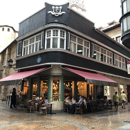 Baster Bilbao : In & Out