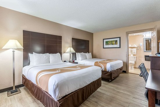 Pasadena, Техас: Spacious room with queen beds