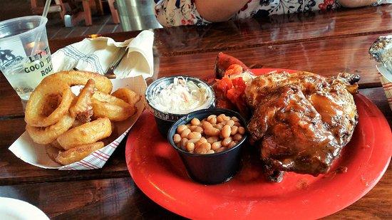 Waymart, PA: Half Chicken BBQ