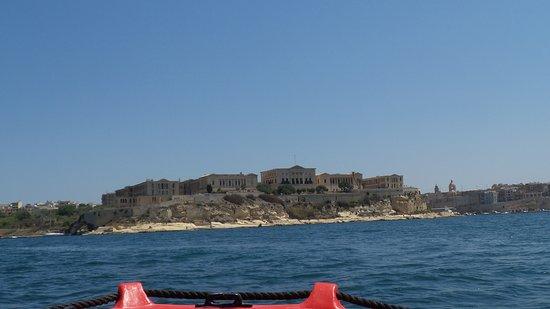 写真Malta Self Drive Boats枚