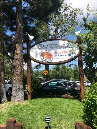 Gar Woods Grill & Pier Restaurant: Great spot!