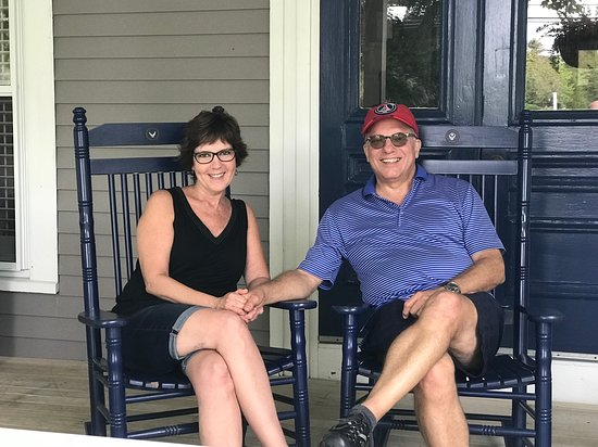 Chatham Inn: On the front porch