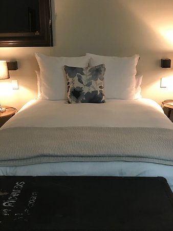 Euroa, Australien: Beautiful bed and linen (plus electric blanket!)