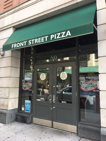 Front Street Pizza DUMBO August 2018