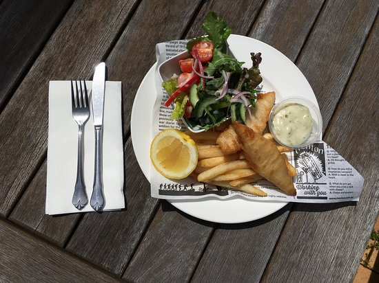 Leeton, Australia: Classic Fish & Chips