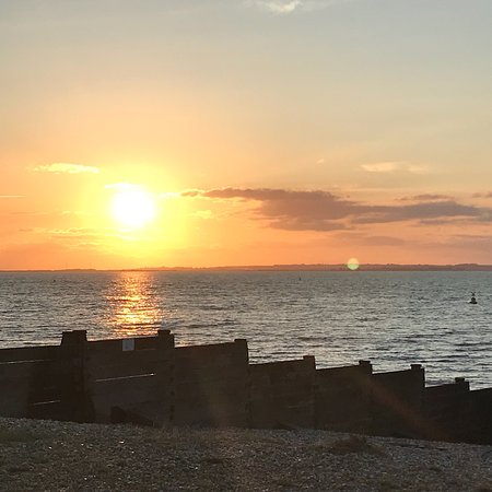 Whitstable Town Centre: The beach at sunset