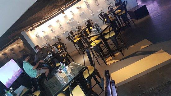 Detroit Cp Picture Of Detroit Garage Bar Kitchen New Delhi
