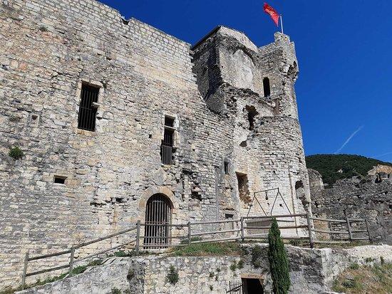 Le Chateau des Moines