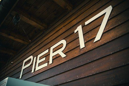 Oberhofen am Thunersee, Ελβετία: Pier 17