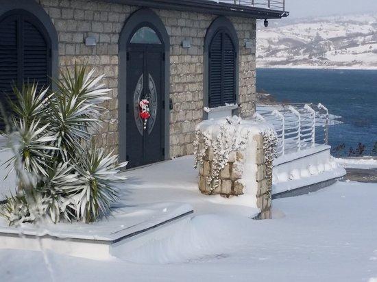 Campolattaro, Italie : Neve alla Cartolina