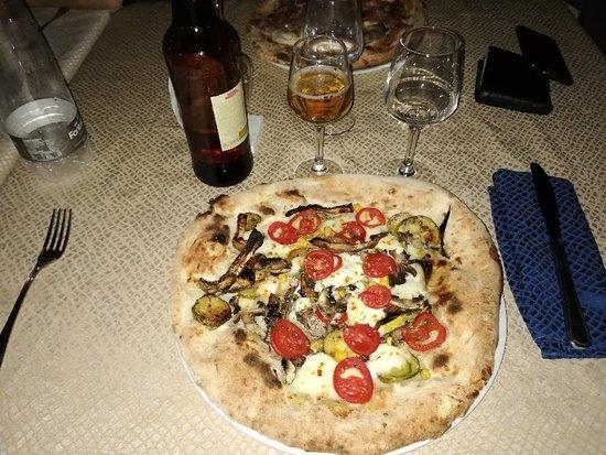 Itala, إيطاليا: IMG_20180811_225854_large.jpg