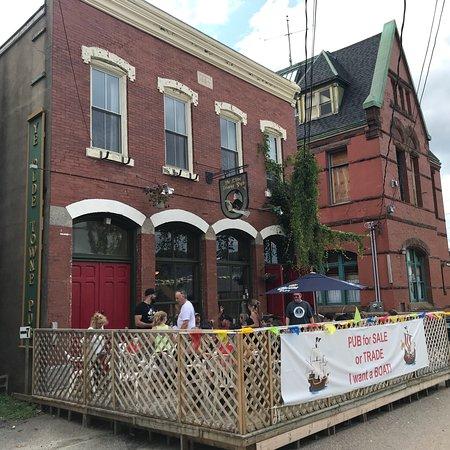 Ye Olde Towne Pub: photo0.jpg
