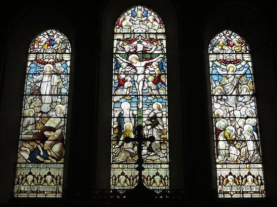 Whippingham, UK: St Mildred's Church - altar window