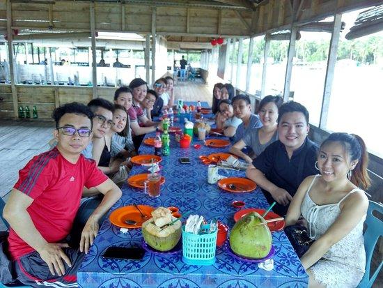 Bintan, Indonesia: Kelong seafood for eat..best