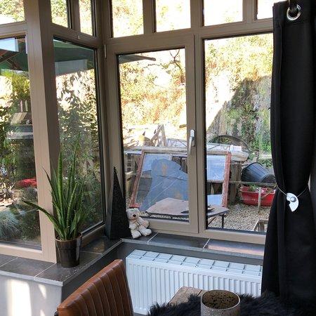Leignon, Belgique : Un peu des abords....