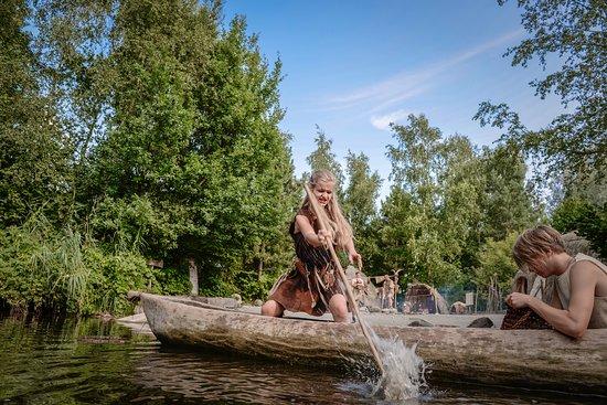 Alphen aan den Rijn, Paesi Bassi: Mesolithicum - boomstamkano varen