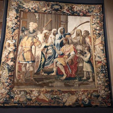 7b7640a733b Catedral de Santa María de Sigüenza  Casullas Obispales