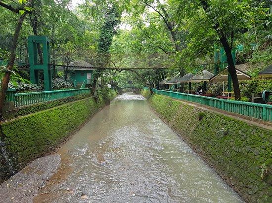 Hinulugang Taktak: 20180821_100211_large.jpg