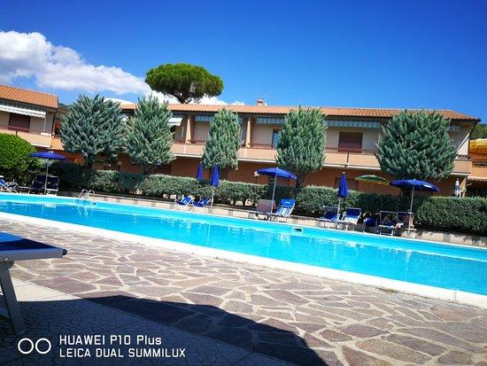 Villaggio Albergo Il Gabbiano, Hotels in Passignano Sul Trasimeno