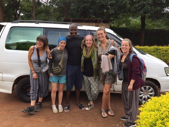 Kilimanjaro Region, Tanzânia: These are guests from Kilihomebase & campsite exploring Moshi