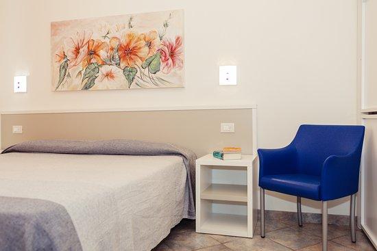 Camera da letto Bilocale C - Picture of Residence Greco, San ...